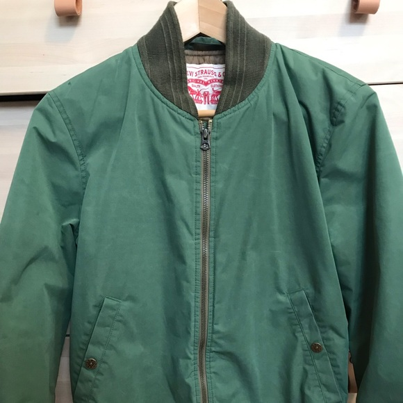 Levis Bomber Jacket Army Green Mens Xs